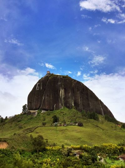 Guatape Rock Kolumbien Colombia Climbtherock Medellín Lake Guatape Sky Cloud - Sky Plant Nature Grass Green Color Travel Destinations Beauty In Nature Travel