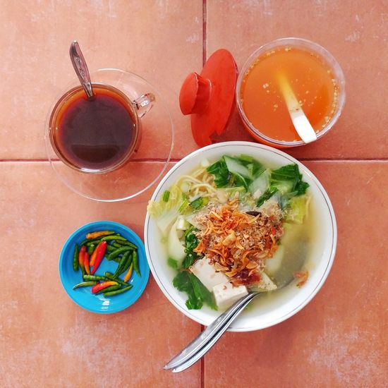 Food And Drink Food Table Ready-to-eat Freshness Bowl Directly Above Serving Size Meal Plate Soup Indulgence Temptation Appetizer Domestic Life Eat Eat And Eat Noodle Soup Noodletime🍝 Manado - North Sulawesi, Indonesia. Cullinary Musteat Taste Good Yummy In My Tummy LGG5 Lgg5camera