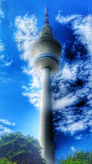 Built Structure Sky Tower Architecture Communications Tower Building Exterior Skyscraper Cloud - Sky Heinrich-Hertz-Turm Hamburg Hamburgerecken EyeEm Best Edits EyeEm Best Shots EyeEm Best Shots - My Best Shot Close-up Follow4follow Awesome_nature_shots Followme Eyeemphotography Eye4photography  Sky And Clouds Clouds HDR Awesome Architecture Towers