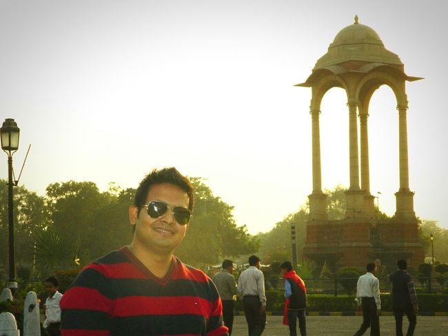 Randomshot Me Check This Out India Gate Innocent Face Naughty But Nice Hello World Aah-ti-dude happy forever Keep Smiling Serching Locations