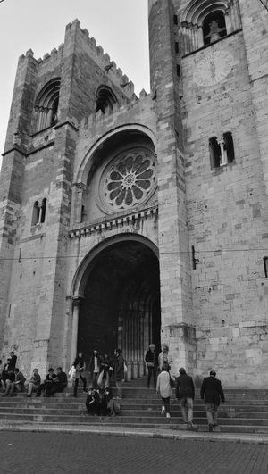 Sé B&W History Travel Destinations Place Of Worship Sé De Lisboa Lisbon - Portugal Lissabon, Church Cathedral Architecture Built Structure City Arch Day Outdoors Black & White