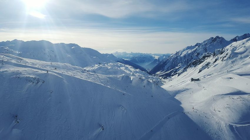 Alpes Alps Skiing Cloud_collection  Alpesmountain Winter Photography Moutainscape Good Morning Winterscapes Moutain View Winter_collection Alpen Enjoying Life Catch The Moment Austria Enjoying The Moment Mountain_collection Sankt Anton Am Arlberg Nature_collection Nature Photography Skiing ❄ Skiing In Austria 👌 Winter Holidays Wintertime Mountain View