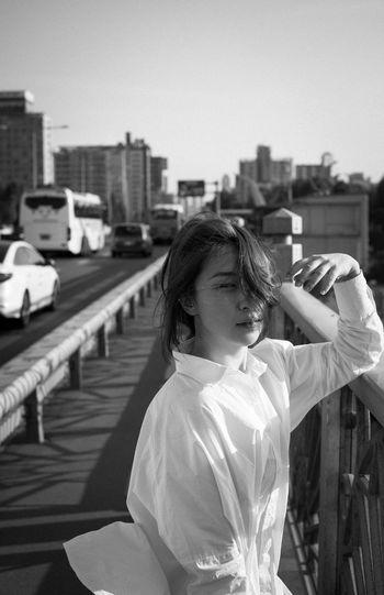Blackandwhite Portrait Model Girl Portrait Of A Friend Beauty Sunshine Eye4photography  EyeEm Best Shots EyeEm Korea