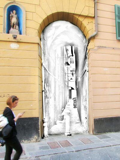 Interdimensional door to the sketch world :) Sketch Streetphotography My Edits Zena4ever