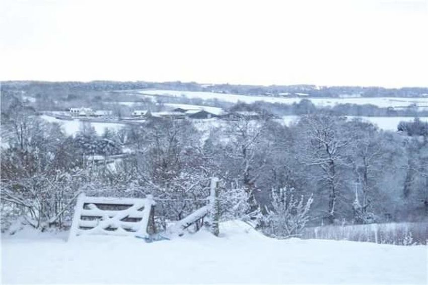 Rosslyn Chapel Snow Beautiful Views Roslin Glen