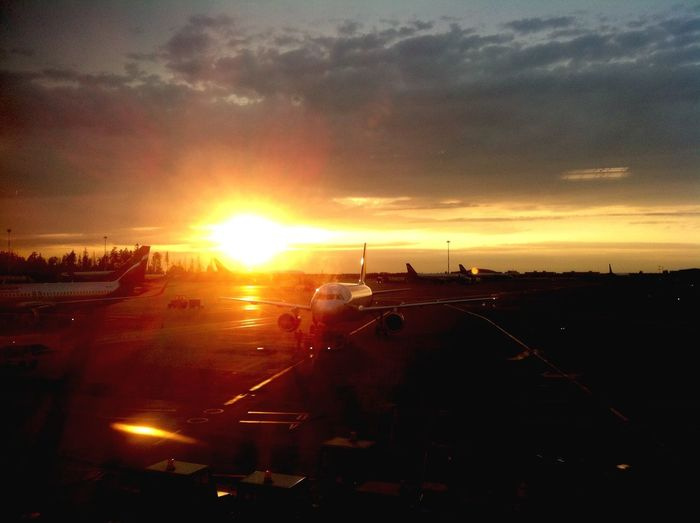 Sunset_collection Sunset Sunset Lovers Planes Aircraft Airport Airport Waiting Sheremetyevo Sheremetyevo Airport