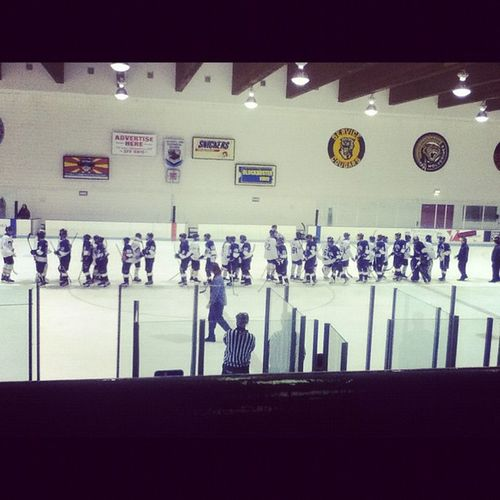 went to the Tailgateparty and Hockeygame tonight :) great job wolves!