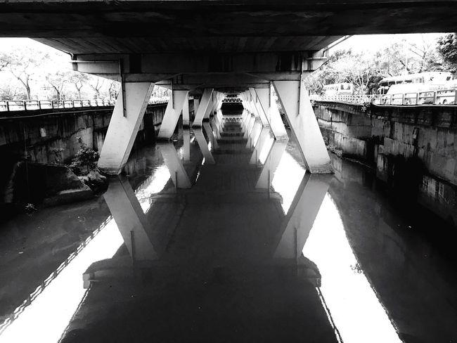 2017 Eyeem Awards EyeEm Best Shots EyeEm Best Shots - Black + White River Drainage Channel Bridge Over Water Built Structure Cityscape Taipei
