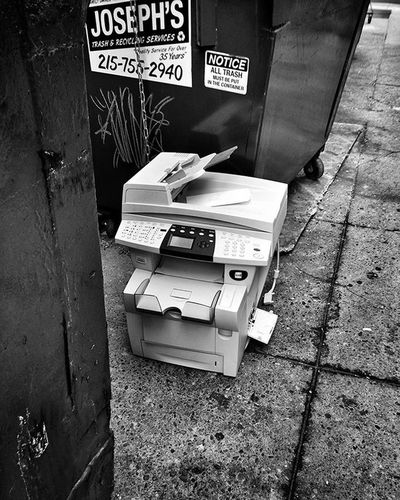 Paper Jam Streetphotography Philadelphia Philly Igers_philly Igers_philly_street Phillyprimeshots Peopledelphia Savephilly Citystreets Citylife Cityholder Liphillyfe Howphillyseesphilly Blackandwhite Bnw_igers Bnw_life Bnw_captures Bnw_society Bnw_planet Bnw_magazine Bnw Bw_philly Bw Rustlord_street Rustlord_bnw rsa_streetview rsa_bnw IWalkedThisStreet ig_contrast_bnw streetdreamsmag