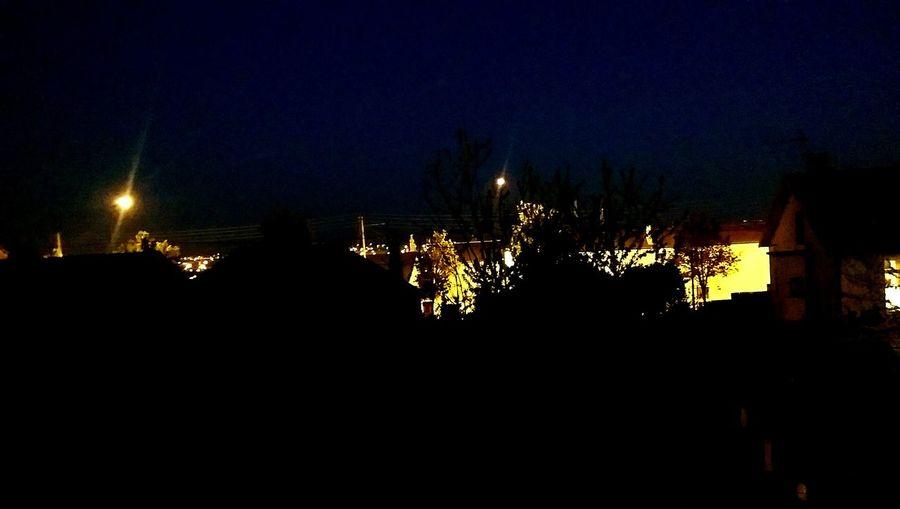 Night Nightphotography Night Lights Blue Black City Lights City Life Goldlight Htc One M8