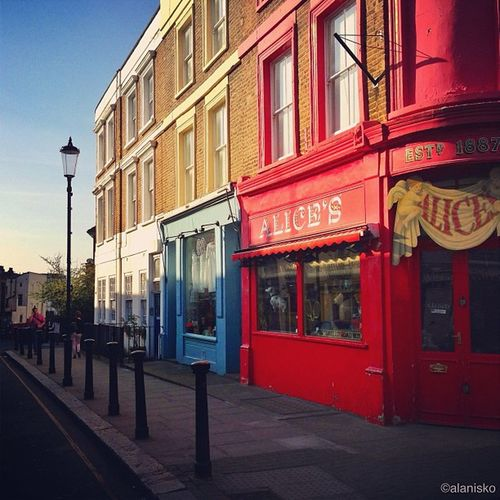 Colorful #Portobello road ???❤???? #alan_in_london #gf_uk #gang_family #igers_london #insta_london #london_only #thisislondon #ic_cities #ic_cities_london #ig_england #love_london #o2trains #gi_uk #ig_london #touristlondon Love_london Ic_cities_london Gang_family Gotd_120 Portobello Ig_london London_only Kewikiedits Ic_cities Uk_photooftheday Gramoftheday Gf_uk Alan_in_london Insta_london O2trains Thisislondon Touristlondon Gi_uk Igers_london Ig_england