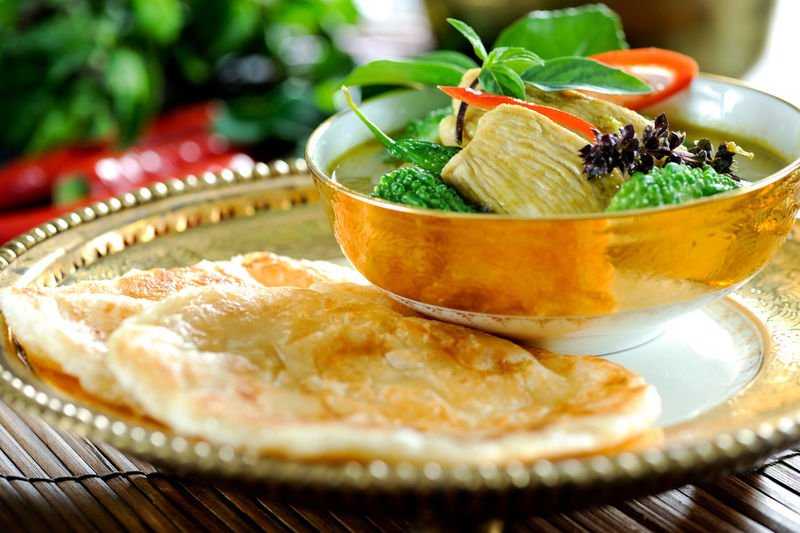 Food Food And Drink Freshness Ready-to-eat Bowl Plate Table Wellbeing Serving Size Vegetable Leaf Kitchen Utensil Meal Temptation Roti Curry Asian Food Halal Chicken