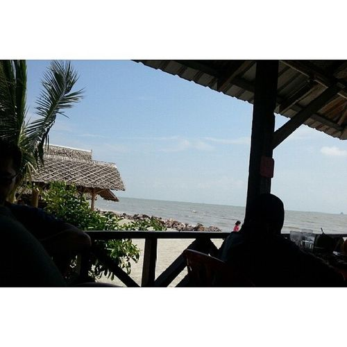 Seafood lunch by the beach. Beach Jeram