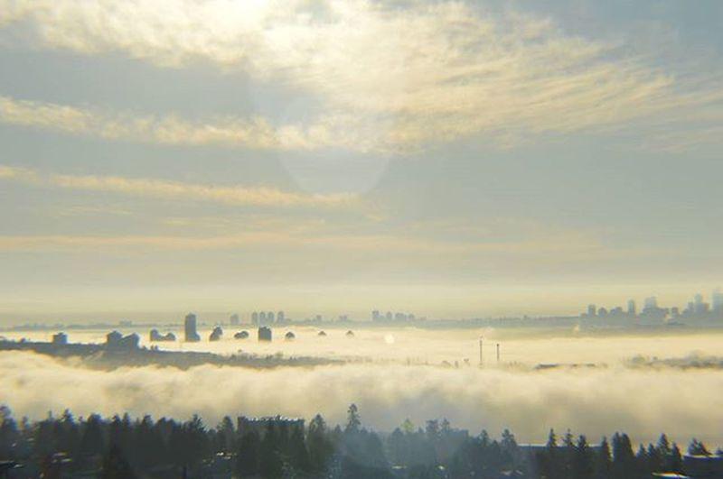 Vancouver Burnaby in Fog November Morning Northshore Northvancouver Vancitybuzz Vancouverofficial Instasky Instavancouver Nikon