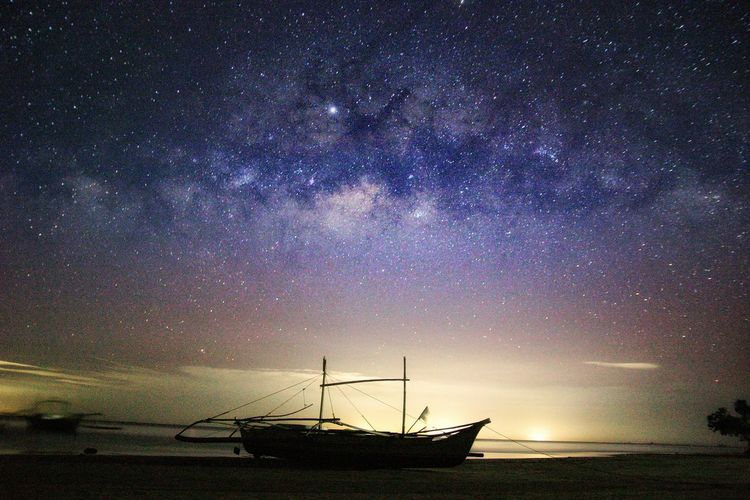 Heaven's Galaxy Milky Way Star - Space Nautical Vessel Water Sea Star Field Silhouette Sky Starry Emission Nebula Star Constellation Boat Sailboat Space And Astronomy Nebula