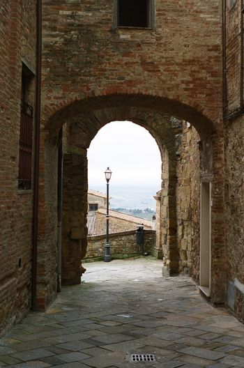 Toscana Tuscany Tuscan Village Lightpost Village City Architectural Column History Old Ruin Arch Ancient Door Doorway Monument Architecture