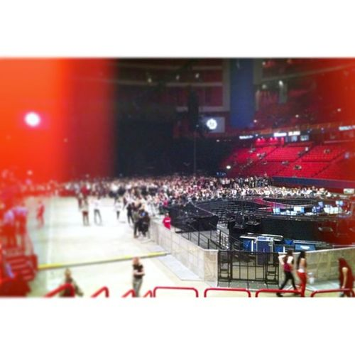 30 mins to go, I'm literally going to be living a dream, seeing my role model @beyonce Beyoncesthlm Mrscarterstockholm