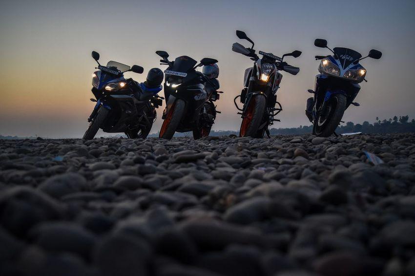 Bikes Bikers Bikelife Bike Ride Biker KTMRacing Ktmrc200 Ktm Duke 390 Sand Full Length Standing Only Men Beach Sky Adults Only Adult Outdoors Men People Sunset Desert Sand Dune Day