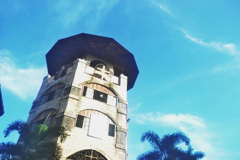 Architecture Low Angle View Built Structure Building Exterior Sky Tower Tree Blue History Tall - High Cloud Outdoors Cloud - Sky Day Tall The Past Vapor Trail High Section Famous Place No People Take A Break TakeoverContrast