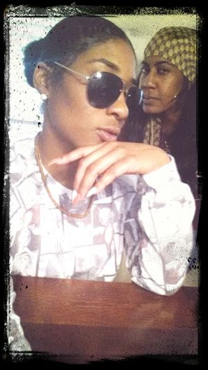 Photobomb by my sister I Love Her <3 SisterLovee ♥ Beuties