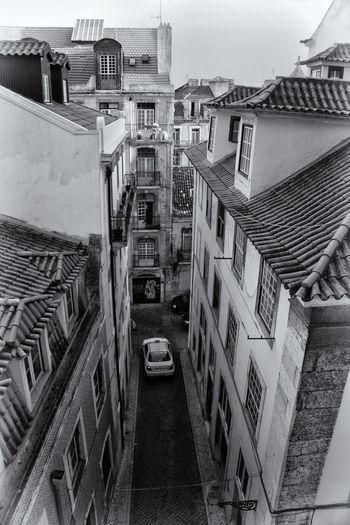 Lisbon. Blackandwhitephotography Street Streetphotography Streetphoto_bw Birdseyeview Lisbon Portugal Blackandwhite Black And White Overview