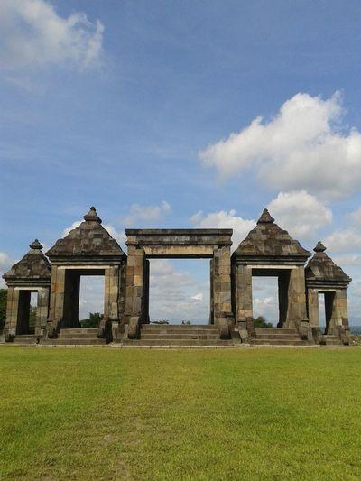 Ruins of the gate of ratu boko palace, yogyakarta, relics of the ancient mataram kingdom