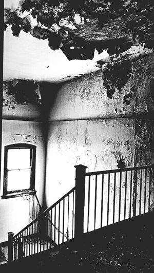 Bnw_friday_eyeemchallenge Beautiful Decay Interior Design NEM Black&white NEM Mood Obsessive Edits NEM Architecture NEM Derelict Monochrome Shades Of Grey