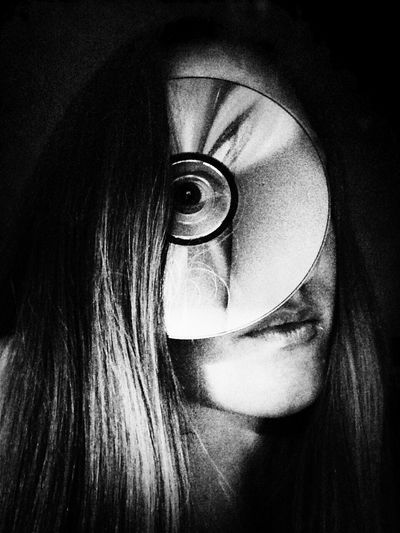 Self Portrait Portrait Female Iphonography Iphoneonly Blackandwhite Face Save Me Digital Music Is My Life Light Diffraction Writable Confidential Eye Peephole Hide And Seek
