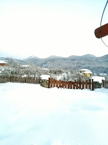 Winter Snow Cold Temperature White Color Scenics No People Beauty In Nature Snowing Outdoors Nature Mountain Day Architecture Sky