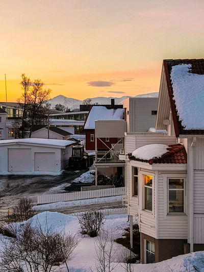 beautiful sunset/sunrise on a polar night Landscape Betterlandscapes Norway Landscape_Collection Sonyalpha Troms Lightroom Winter Wonderland Sunset Sunset_collection Nature City House Architecture Sunset House Water Building Nature Sky Built Structure Snow Land Beauty In Nature Residential District Outdoors Travel Destinations Winter
