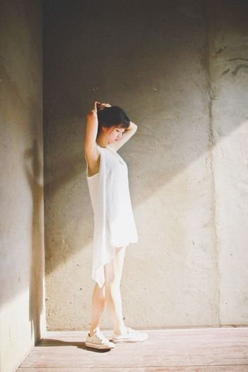 Tie up hair Light And Shadow Sneakers Corner Wall White Dress