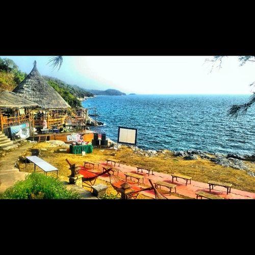 สวัสดีปาริฮัท Seahut Bangalow Sea Ocean Gypsy Gypsylife Choburi SICHANGISLAND Thailand Igoftheday Igers Htc8x