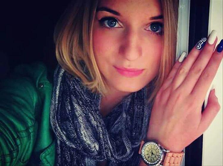 Me Selfie Green Blue Eyes Blondie Daddy's Girl <3