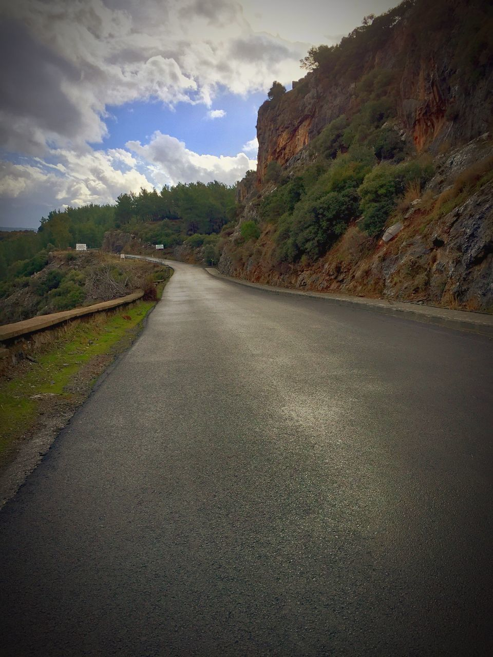 road, cloud - sky, nature, landscape, no people, the way forward, sky, outdoors, motion, scenics, tree, stream - flowing water, day