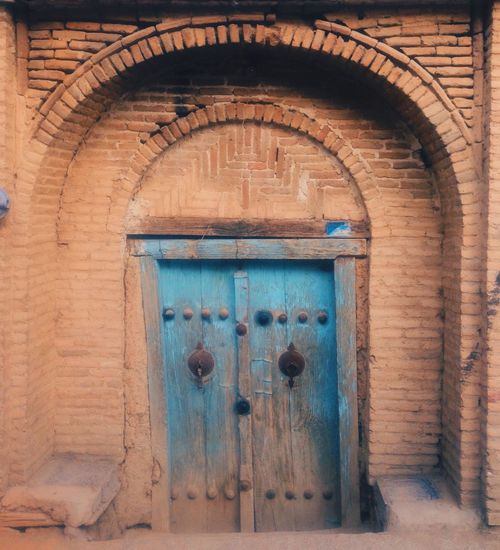 Architecture Brick Wall Building Exterior Day Door Entrance IPhoneography Iran Nostalgia Old The Photojournalist - 2016 EyeEm Awards