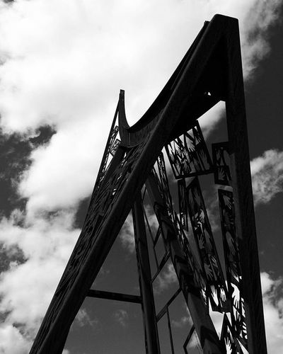 H a n d m a d e . . . . . . Structure Handmade Cloudyday Sculpture Bnw Blackandwhiteart Blackandwhite Mobilephotography Amateur Newhampshire Newengland Elegant Smooth Passion Shapes Tuesday Earthy Toneseekers Art ArtWork Bnw_life Geometric Uniquestyle PhonePhotography Fineartphotography fineart monochrome streetphotography_bw mono streetphotography