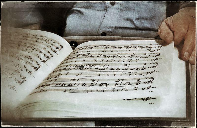 endlich mal wieder ein gutes Buch lesen What Are You Reading? Lost Note Music Note