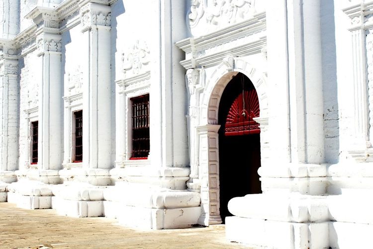 Red Door White Building My Perspective White Church No People No Entry Old Door January2016 Christanity Religion Mypointofview Check This Out Wooden Door Outside Photography Place Of Worship Hanging Out Get Outdoors Summertime Good Memories Diu  India My Shot  Clicking Photos