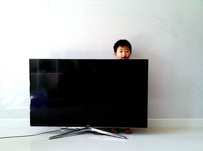 My Nephew ♥ Cute Baby Playing Hide And Seekbehind the Televison Little Toes Lovely :) Color Portrait