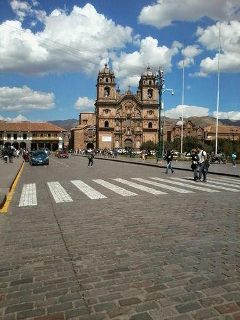 On The Street Southamerica Arquitecture Plaza De Armas Cusco