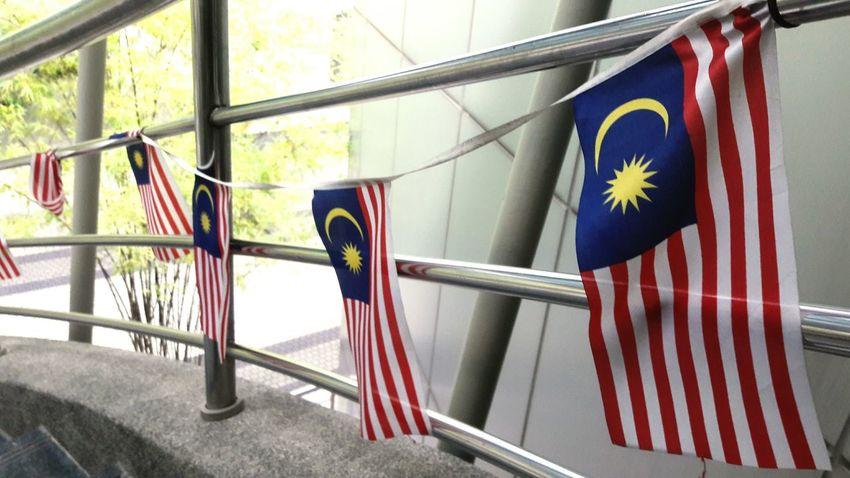 Nasional Flags Flags In The Wind  Flags Of The World EyeEmBestPics EyeEm EyeEm Best Shots EyeEm Selects Eye4photography  EyeEmNewHere Outdoors Merdeka Day Celebration Merdeka!!! Bendera Bendera Malaysia