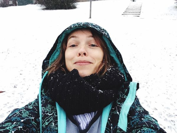 Selfie for my dear friend who is in a warm country lives now Winter Cold Temperature Snow One Person Warm Clothing Weather Lifestyles Snowing Portrait Real People Outdoors Smiling Day People Only Women One Woman Only Adult Young Adult Adults Only