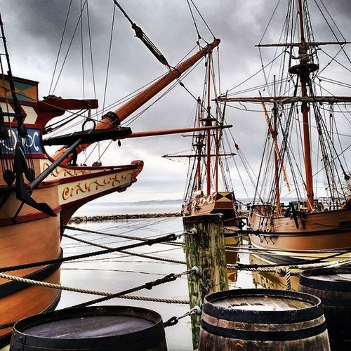 Jamestown Firstsettlement America History JamesRiver historicboat godspeed Kingjames Firstcolony Susanconstant Jamesfort fort beach port usa travel explore virginia williamsburg settlement usa Pocahantas johnsmith 1607