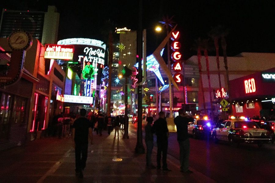 Las Vegas city life City Life Las Vegas Night Illuminated Architecture Large Group Of People City Building Exterior Built Structure Real People City Life Outdoors Nightlife Crowd Lifestyles People Adult