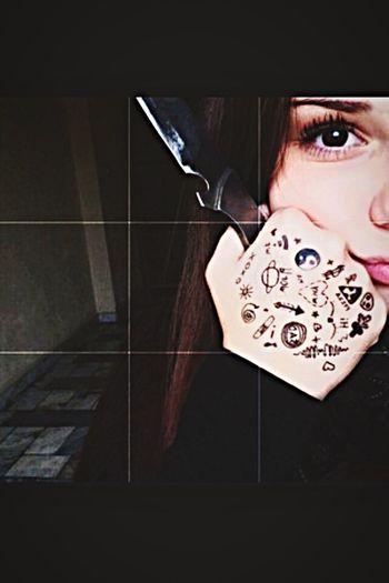 Yeni tattolarıma ve pıçağıma mrb diyin. 🔪 Tatto Tattoomodels