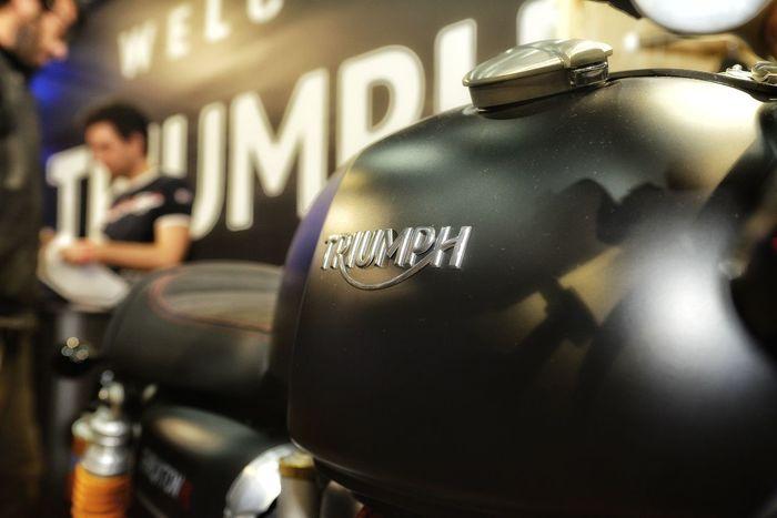 Triumph Motorcycle Moto Motori Motocicletta