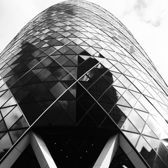Gherkin London City Cityscape Architecture Art Design NormanFoster Building Buildings Skyscraper Glass Reflection Modern Blackandwhite Photography Sculpture