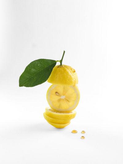 lemon slice and