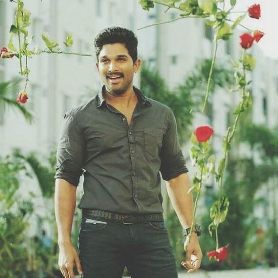 Allu arjun (bany) Hydrabad Indiapictures Indian Actors Tollywood Tamil Movie Style And Fashion Stylish Man Men All _Arjuna _Tamil Hero Florist Flower Portrait Greenhouse Smiling Tree Happiness Cheerful Looking At Camera First Eyeem Photo