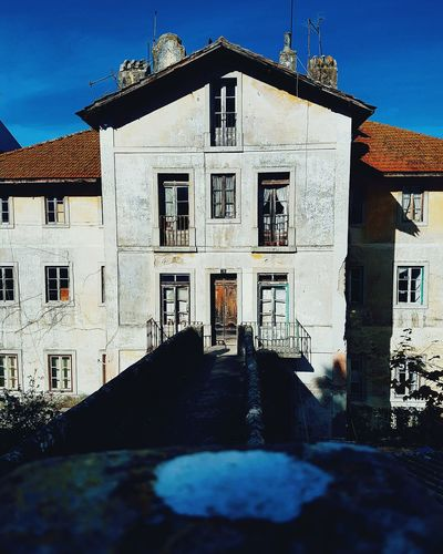 Architecture Building Exterior Sky Outdoors No People Built Structure Day Sintra Streetphotography Sintra (Portugal) Sintra, Portugal Old House Abandoned Old Buildings House Portugal Oficial Fotos Colection EyeEm© Portugal Is Beautiful Portugal City First Eyeem Photo